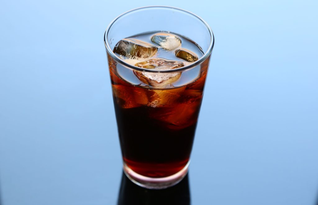 what is cold brewed coffee, a glass of cold brewed coffee